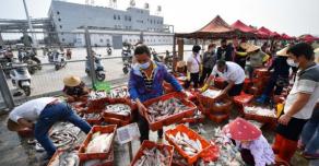 В Пекине объявили введение военного положения из-за новой волны коронавирусной инфекции