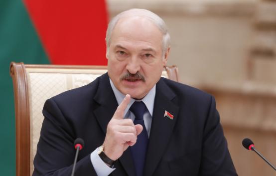 Лукашенко обвинил во лжи представителей России