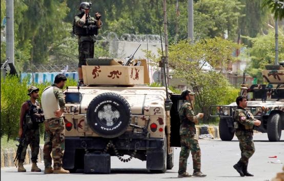 В Афганистане террористы напали на тюрьму, и освободи многих заключенных