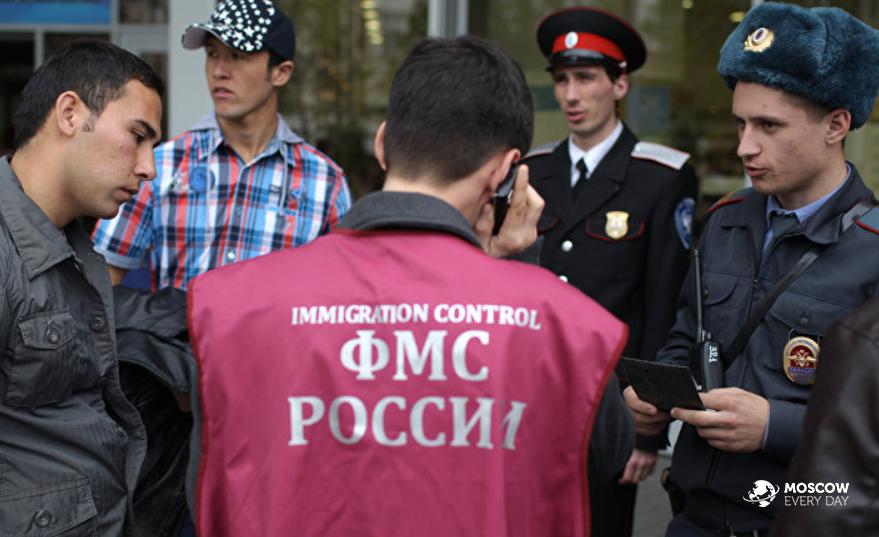 В России нелегальных мигрантов после 15 июня будет ждать депортация