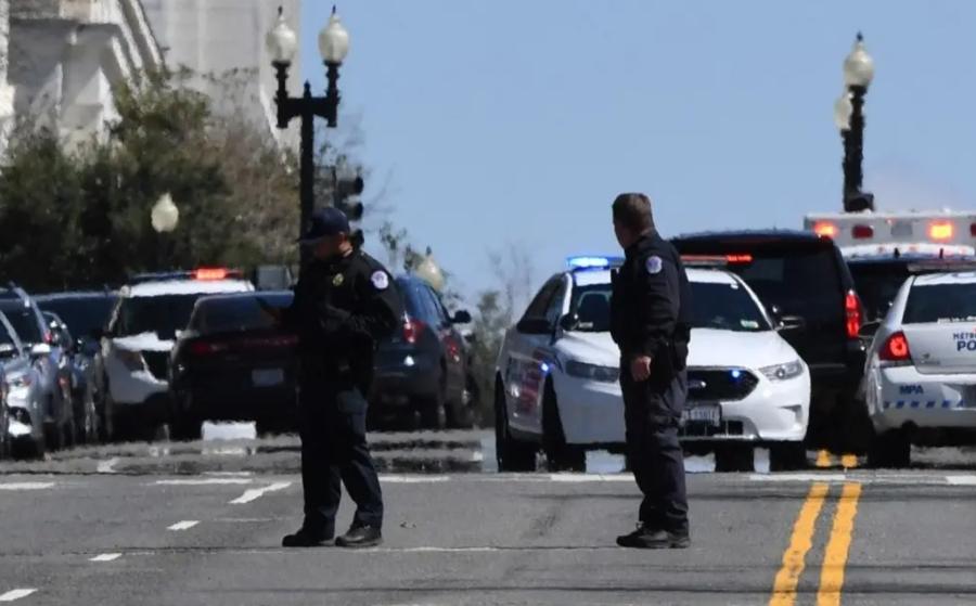 Нападение на Капитолий привело к гибели офицера полиции