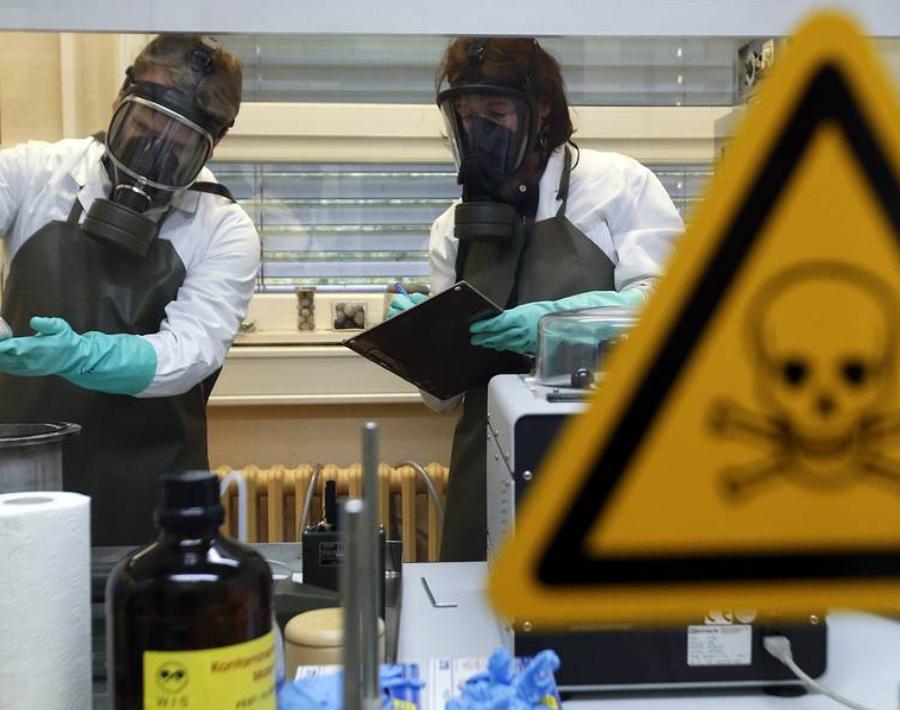 Китай потребовал провести проверку лабораторий США