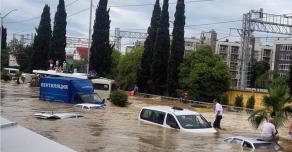 Наводнение в Сочи парализовало город